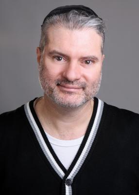 רון בוצ`אן משמש כמרצה שנים בתחום האינטרנט וקידום האתרים במכללת ג'ון ברייס.